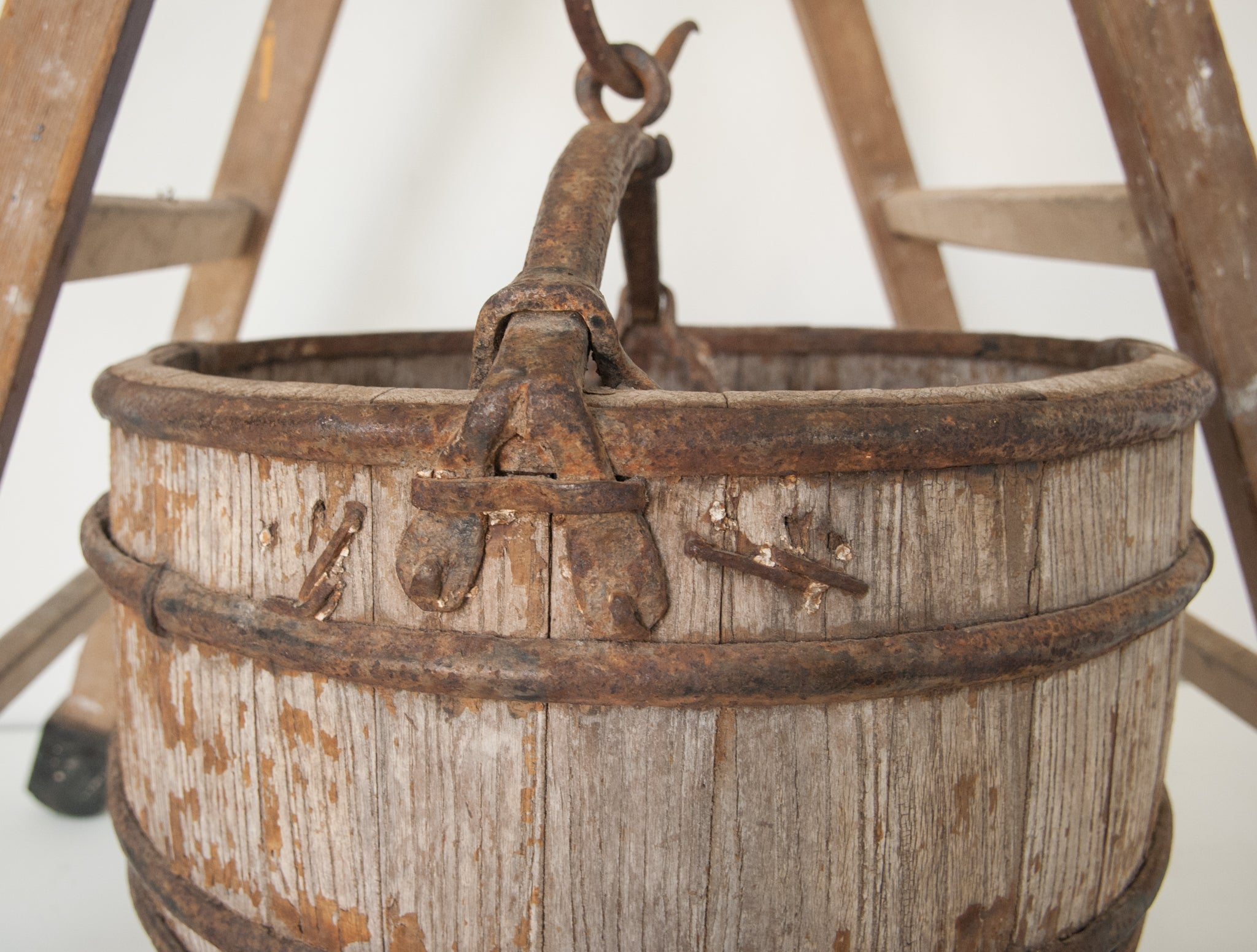 Vintage Well Bucket_Detail