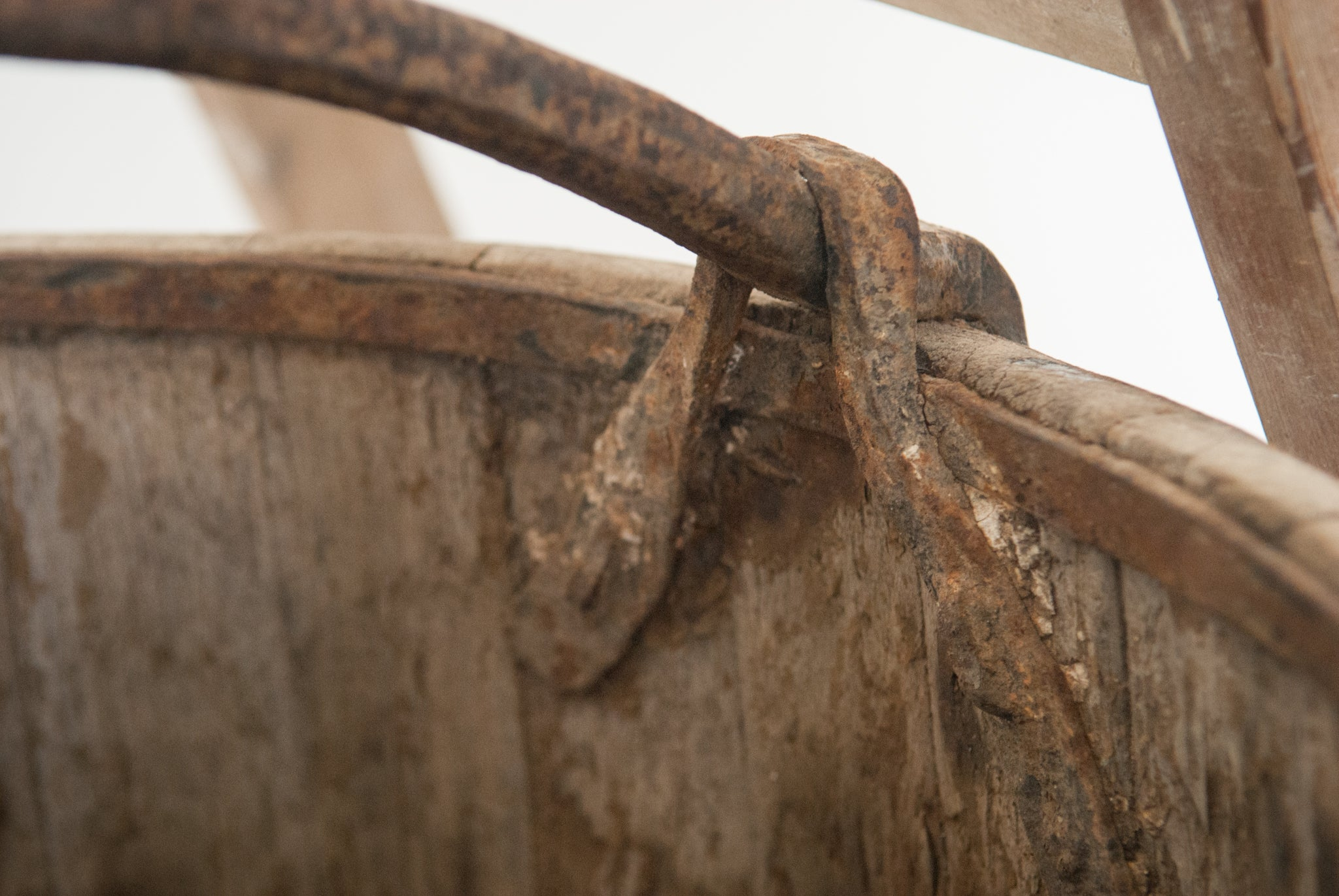Vintage Well Bucket_Detail 4