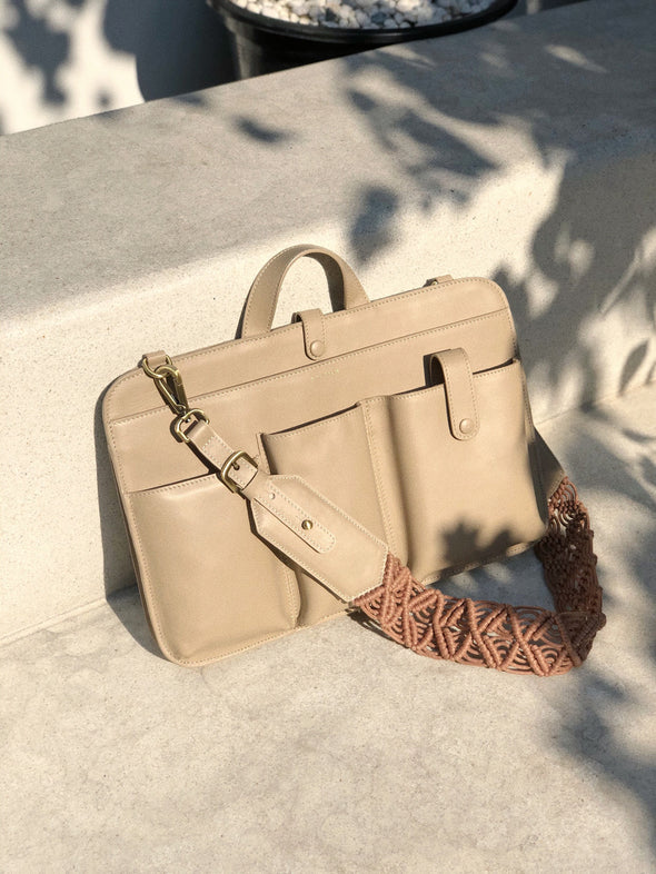 LIA LAPTOP CALF LEATHER IN NUDE