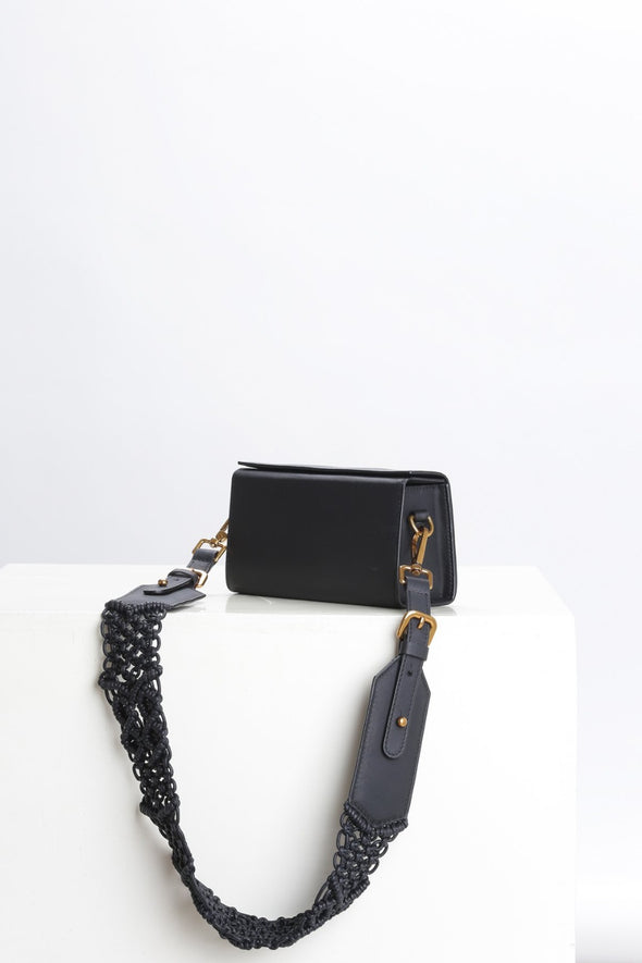 SAMA BOX BAG - BLACK