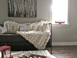 Chunky Knit Throw- Medium