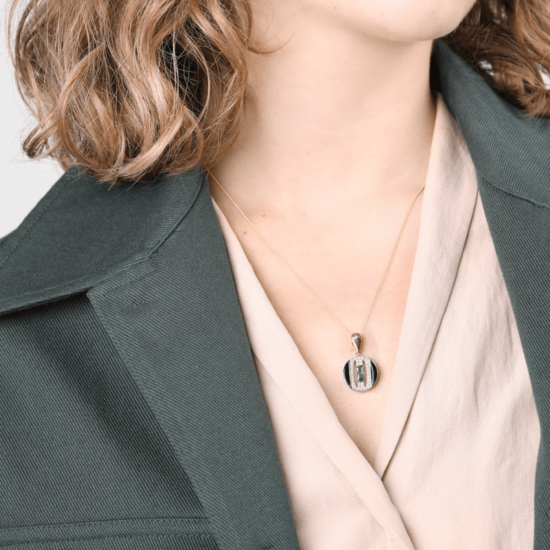 V BY LAURA VANN DAPHNE CIRCLE NECKLACE
