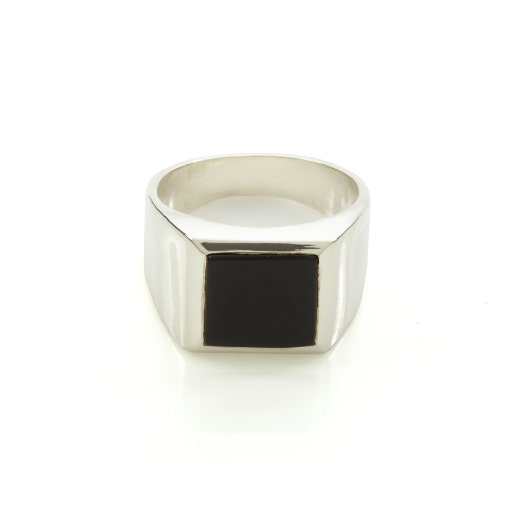 RACHEL ENTWISTLE BLACK ONYX PLATO RING