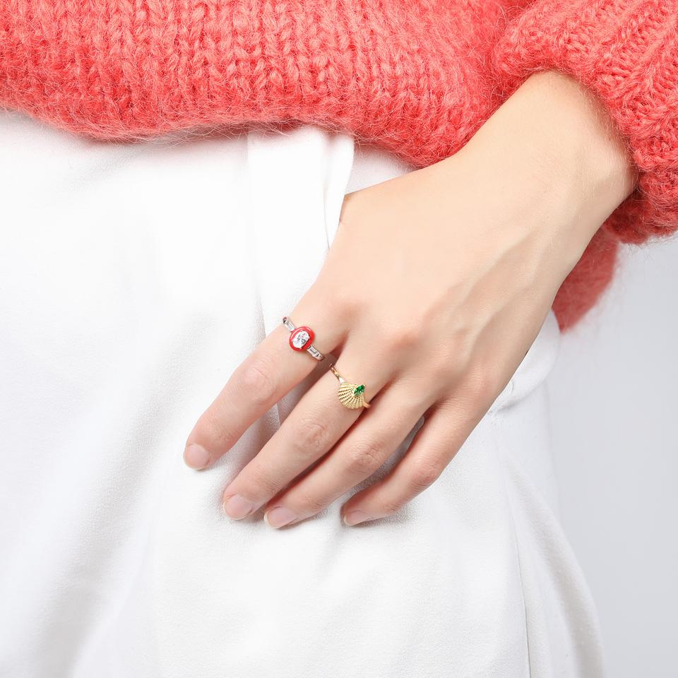 V BY LAURA VANN PAMELA GOLD SHELL RING