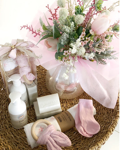 Essentials with Bouquet Bundle Pink