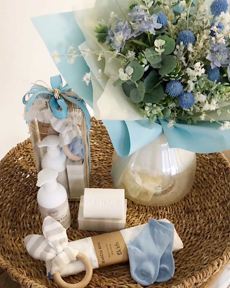 Essentials with Bouquet Bundle Blue