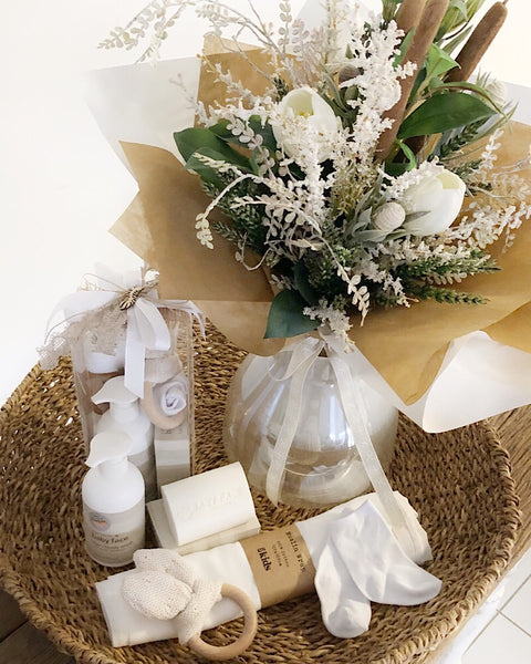 Essentials with Bouquet Bundle Natural