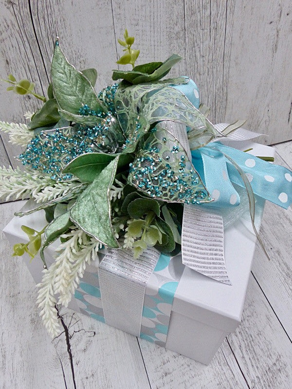 Winter wonder with Silver in White Gift Box