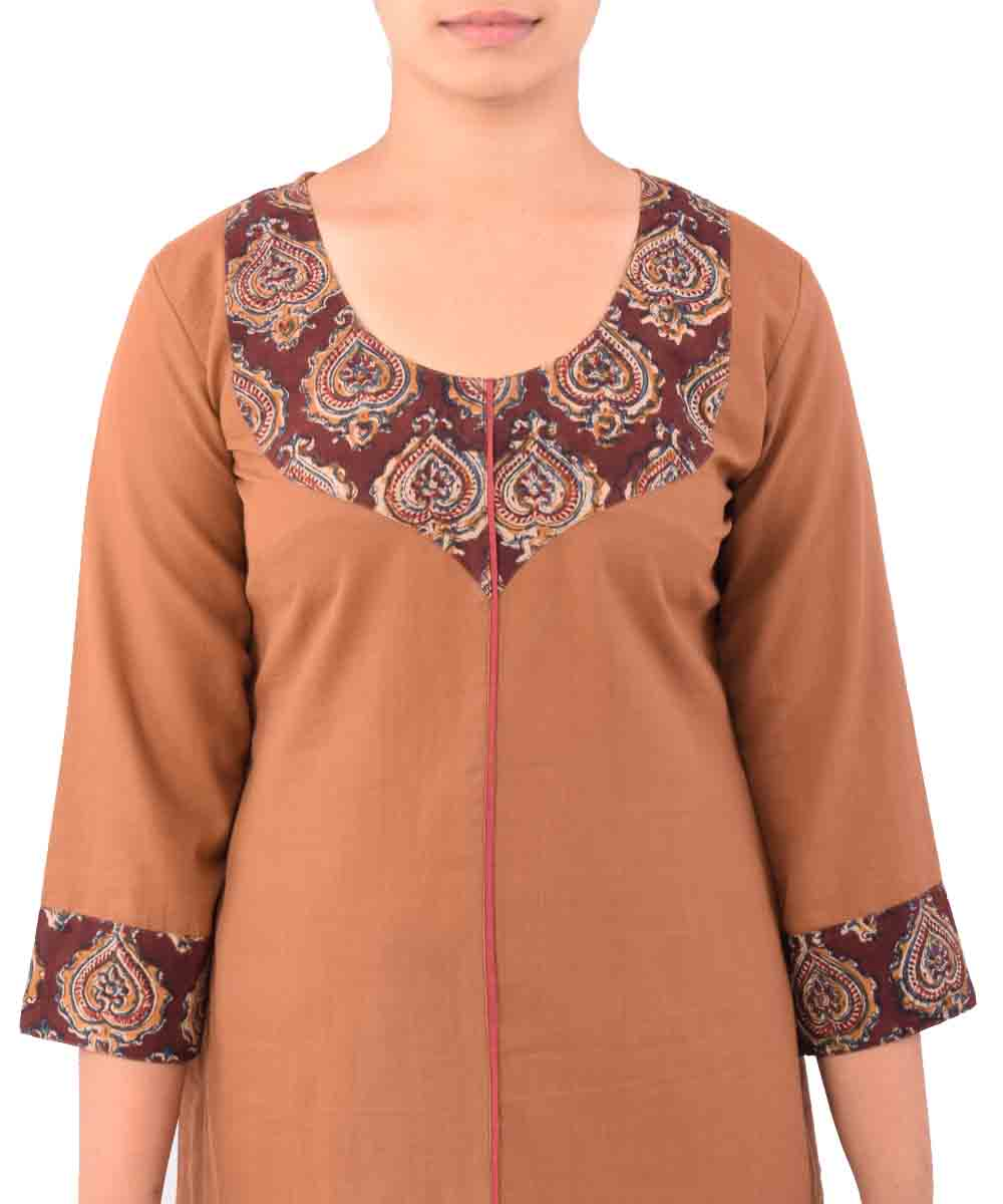 Chamois With Maroon Handwoven Printed Kurti
