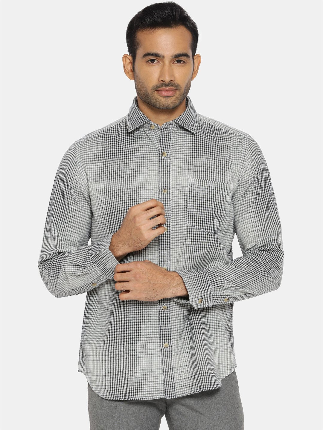 Black & white check regular collared shirt