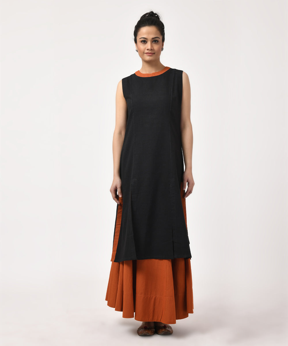 Black and Rust Sleeveless Cotton Slit Kurti