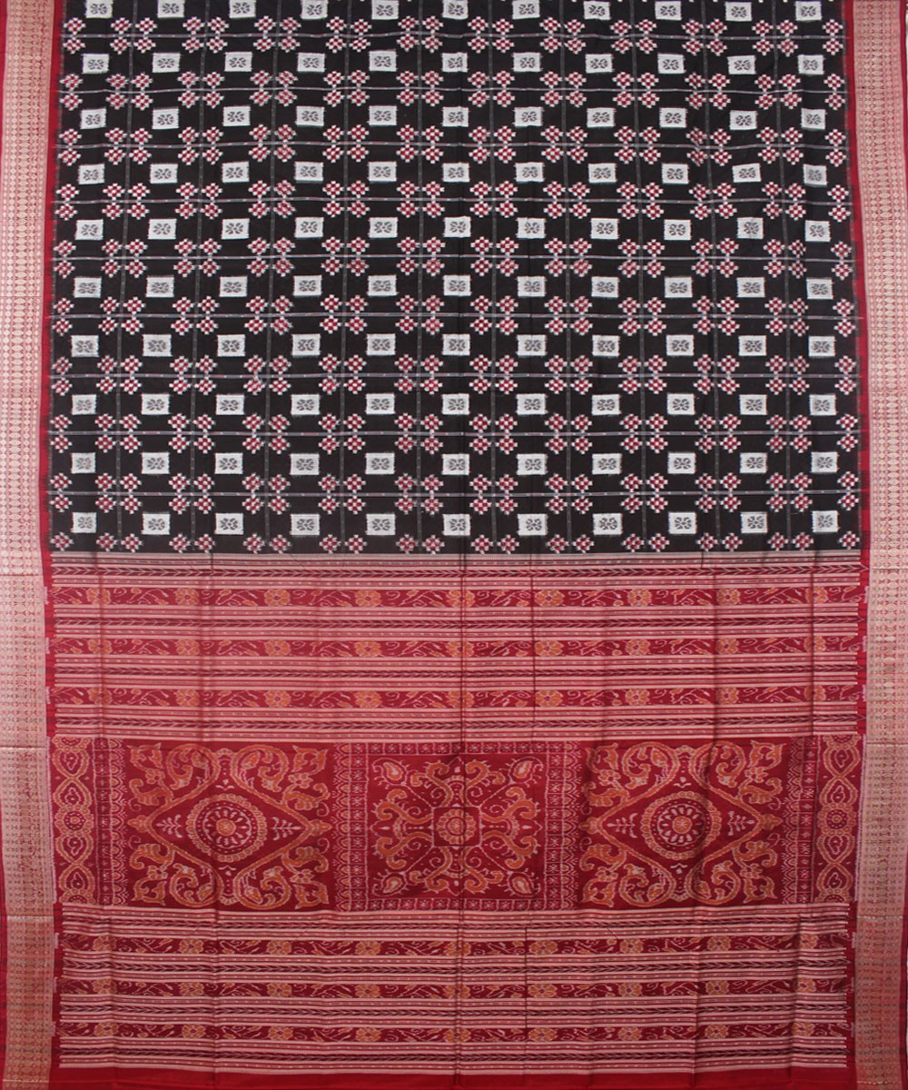 Handwoven Pasapalli Silk Saree Black Maroon
