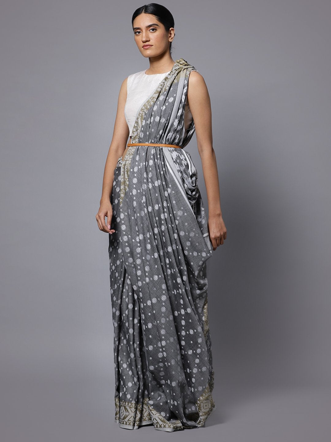 Grey jamdani bengal handloom cotton saree