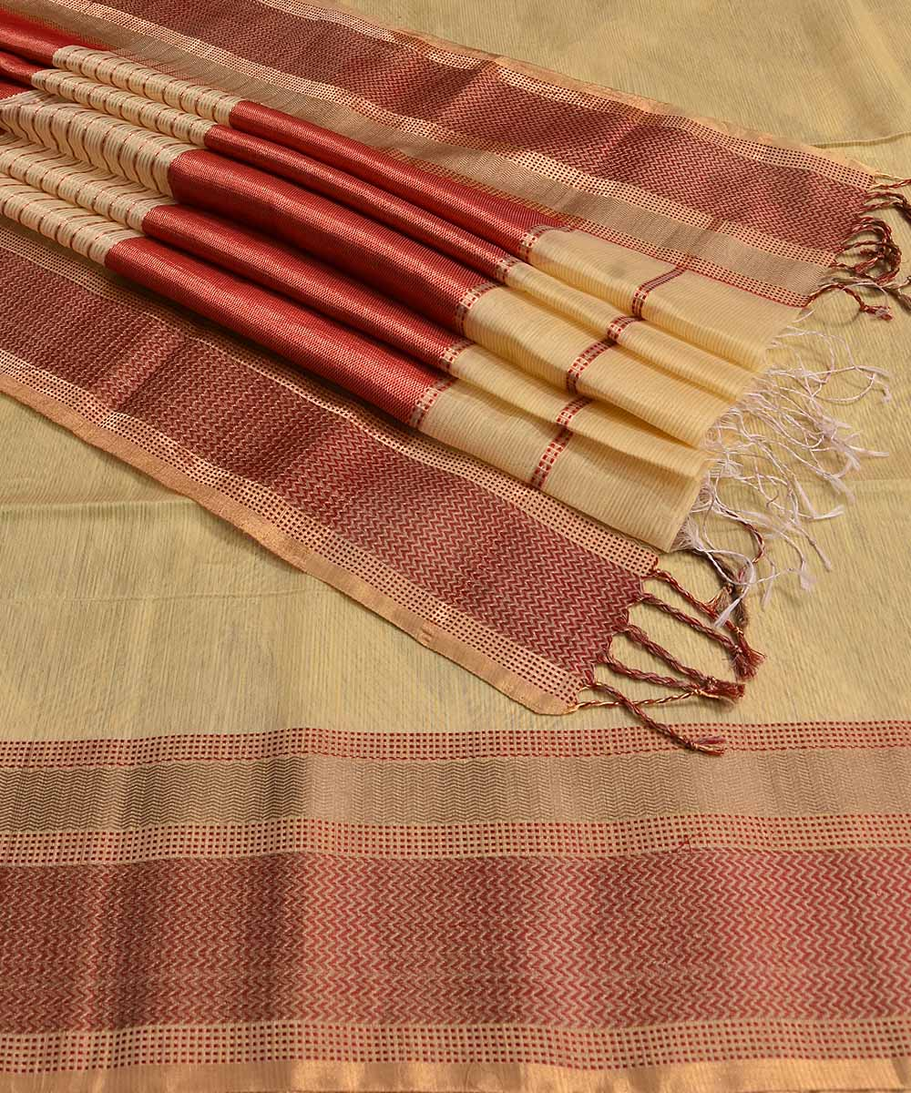 Maheshwari Handwoven Pale Yellow Sico Saree