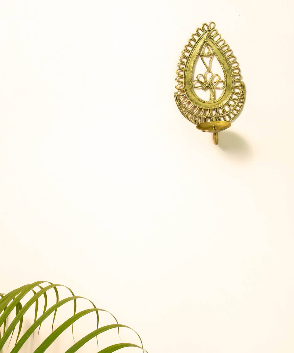 Dhokra brass handcrafted paisley candle stand