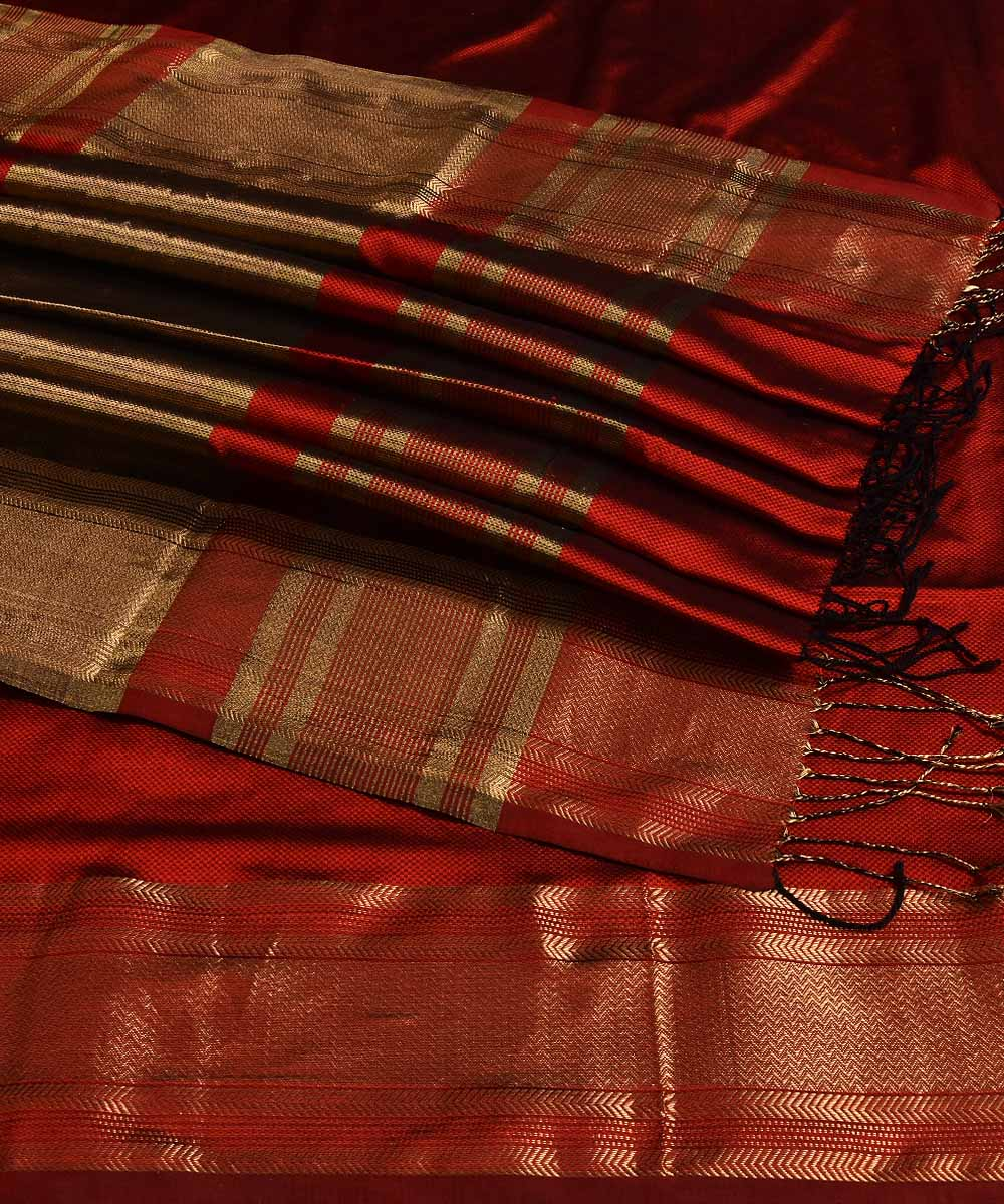 Maheshwari Handwoven Golden Red Sico Saree