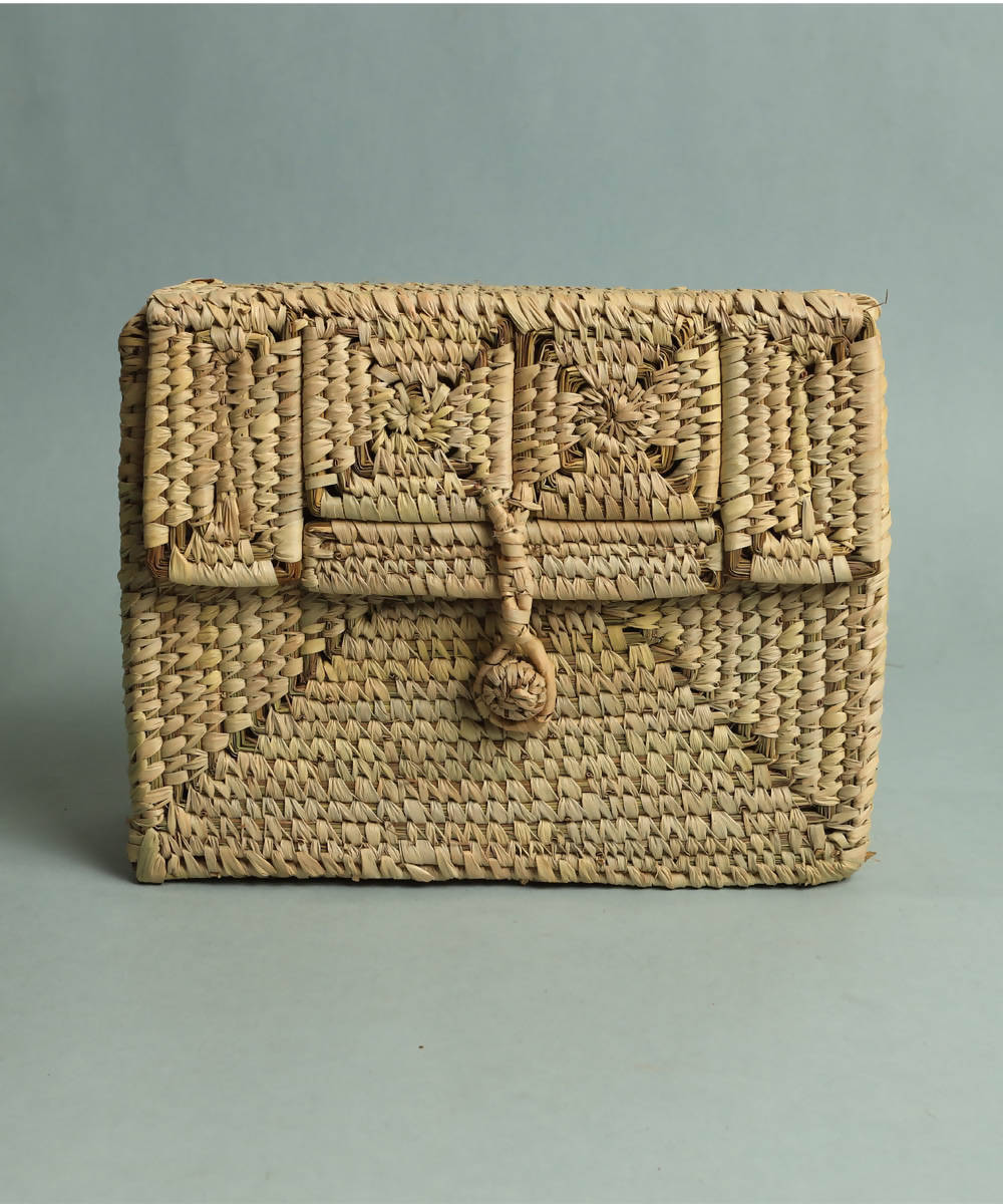 Natural beige handcrafted golden grass sabai vanity bag