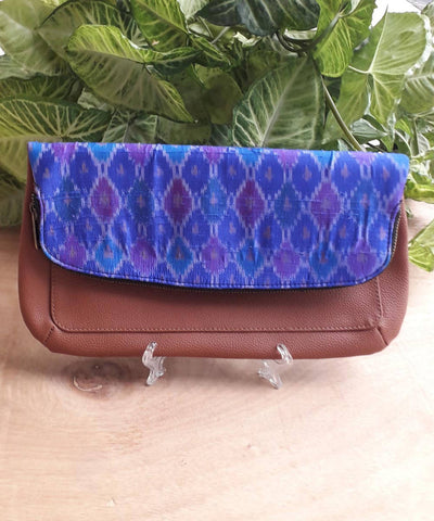 Ombre pochampally dupion silk clutch and double cushioned slip on set
