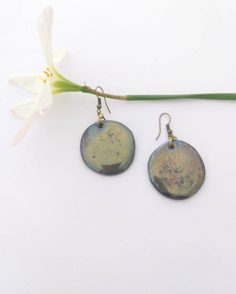 Shiny Textured Ceramic Earring
