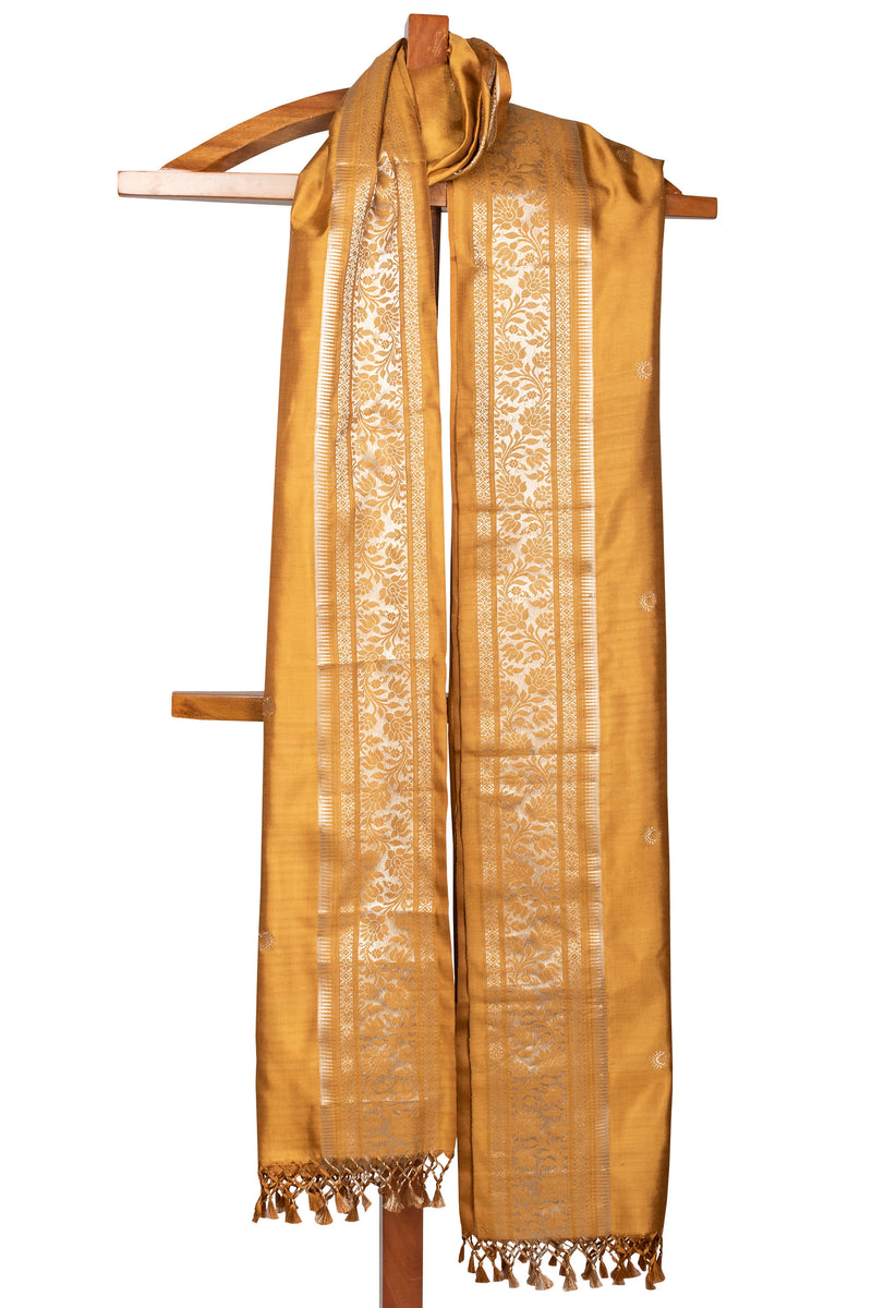 Biswa Bangla Handwoven Baluchari Silk Dupatta - Golden