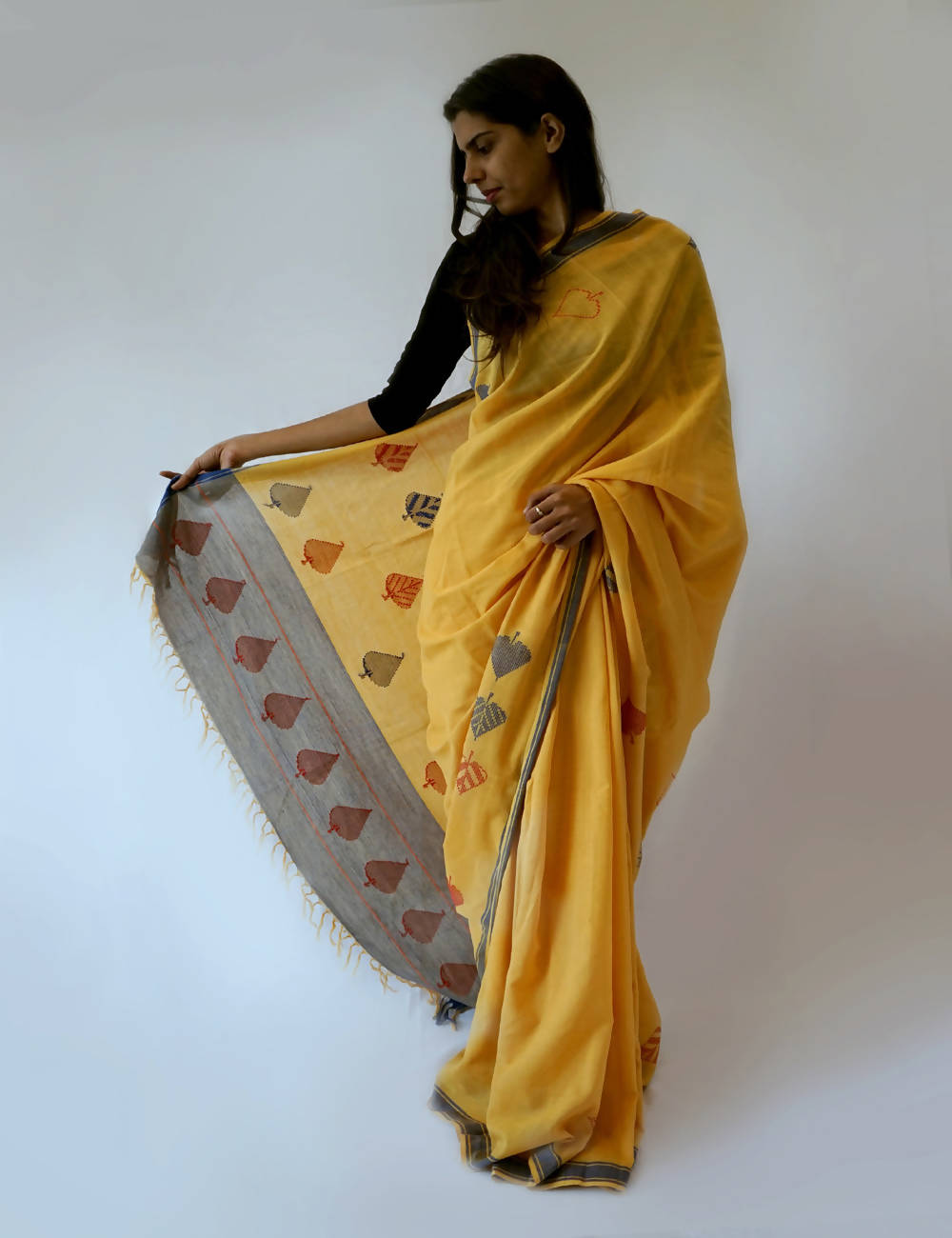 Bavanbuti Handloom Yellow Cotton Saree