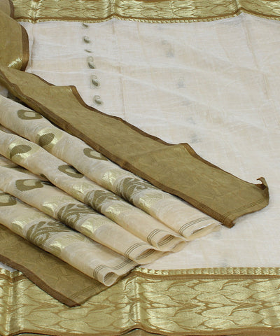 Bengal Cream Golden Handwoven Tant Saree