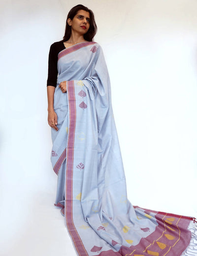 Bavanbuti Handloom Light Grey Cotton Saree