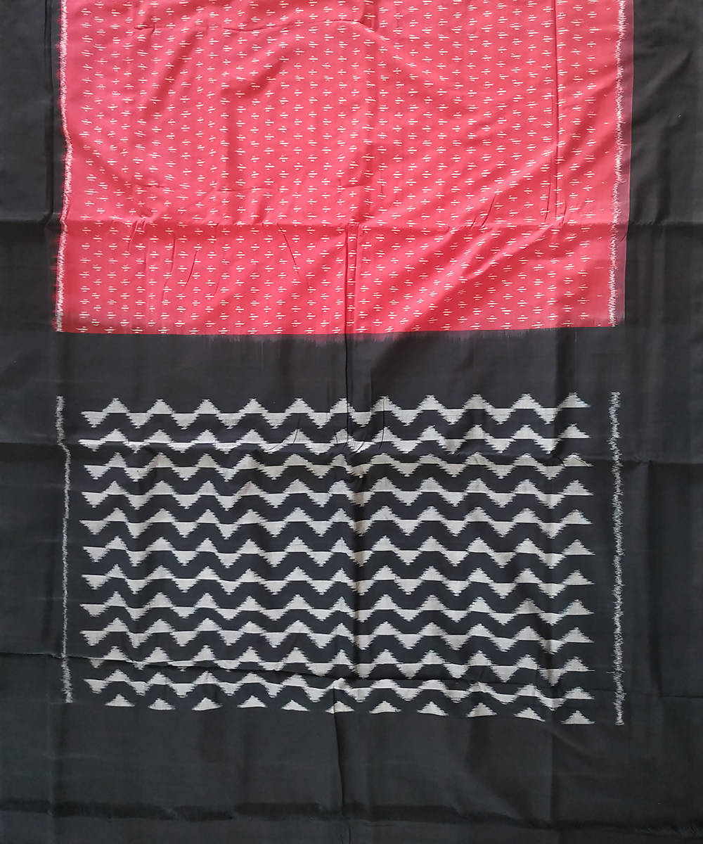 Red Black Handloom Pochampally Ikkat Cotton Saree