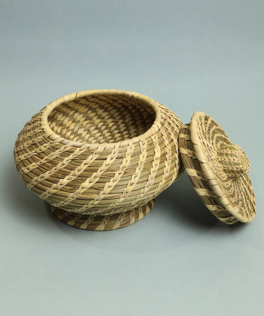 Natural beige handcrafted golden grass basket