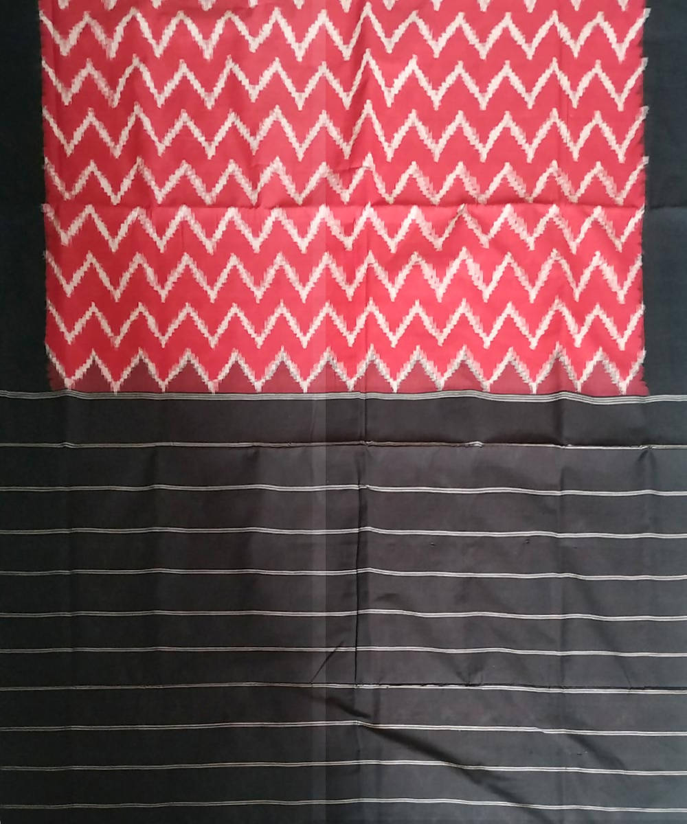 Red Black Pochampally Ikkat Handloom Cotton Saree