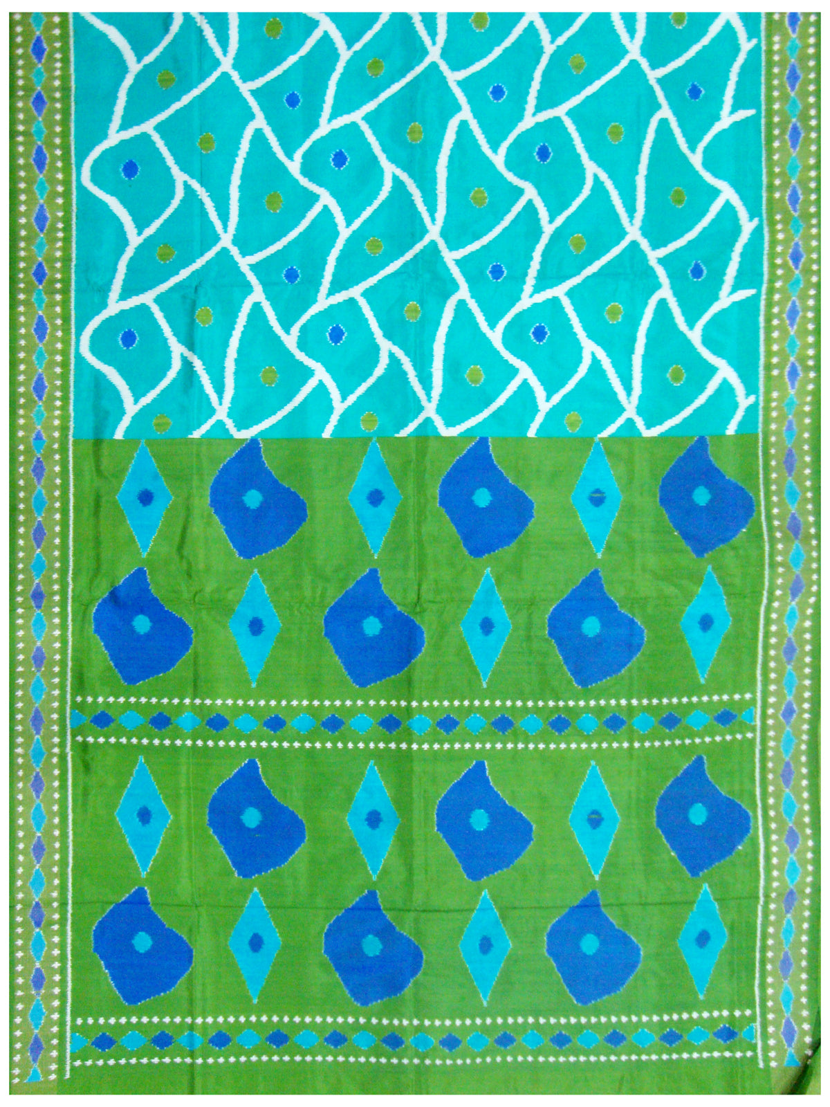 Cyan and Green Handloom Pochampally Ikat Silk Saree