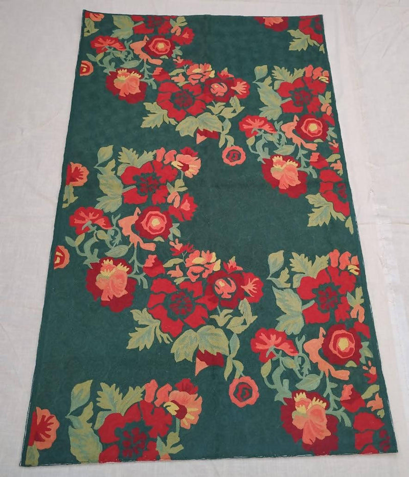 Green hand embroidery cotton woolen floor rug