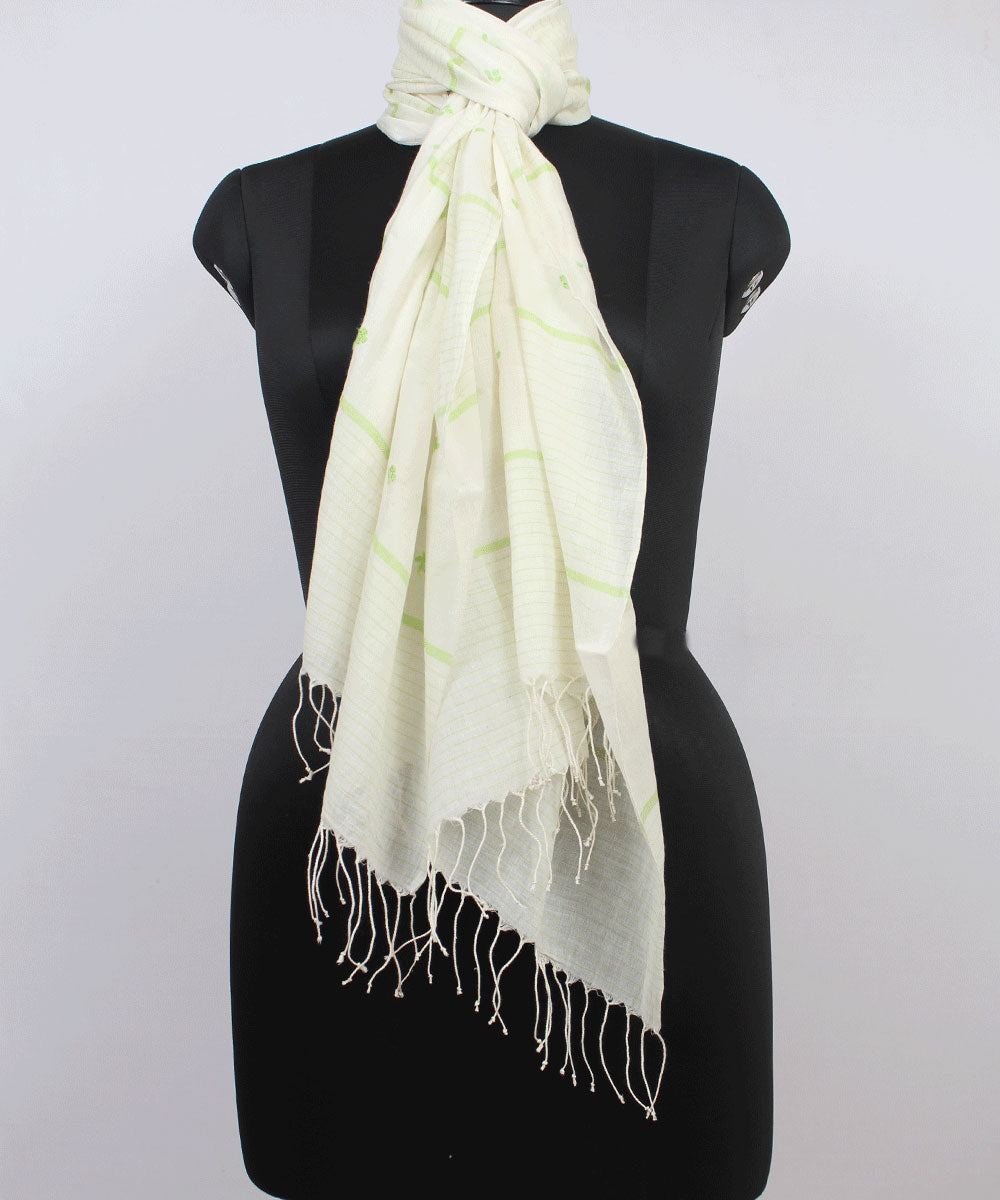 White Handloom Jamdani Cotton Stole
