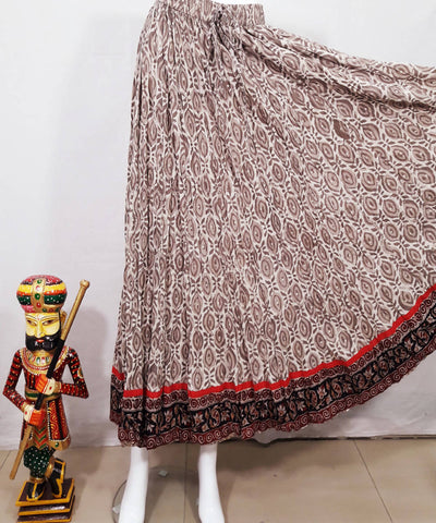 Off white brown dabu block print and kalamkari border crinkled skirt
