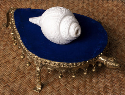 Biswa Bangla Handcrafted Conch Shell Engraved Double Figure