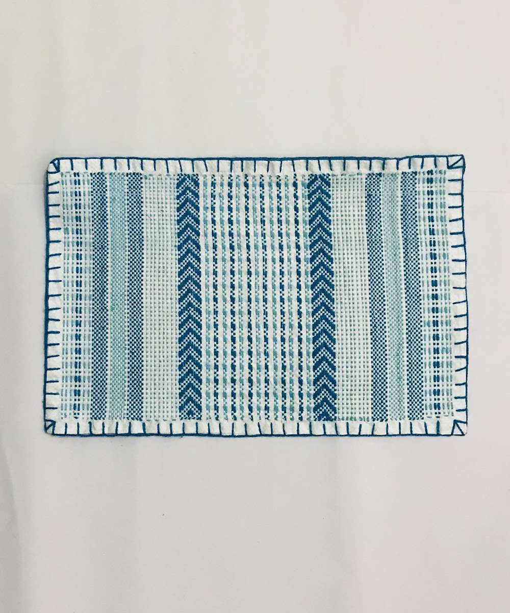 Blue and white taat wool Hand Embroidered Table Mat (Set of 6)