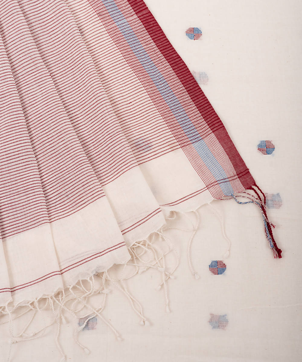 White butti handwoven cotton jamdani saree