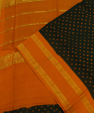 Loom World Sungudi Green and Orange Printed Cotton Saree