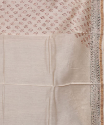 Red Off White Bagh Printed Chanderi Saree