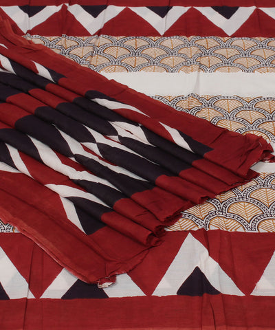Red and Off White Bagh Printed Cotton Saree