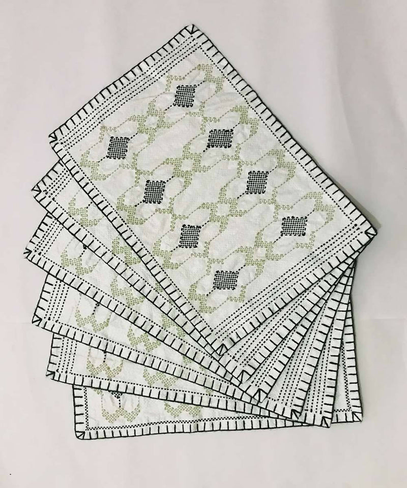 Green, black and white Hand Embroidery taat wool Table Mat (Set of 6)