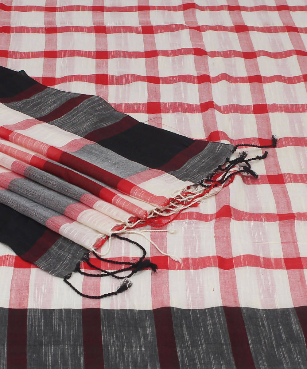 Bengal Handloom White Red Checks Cotton Saree