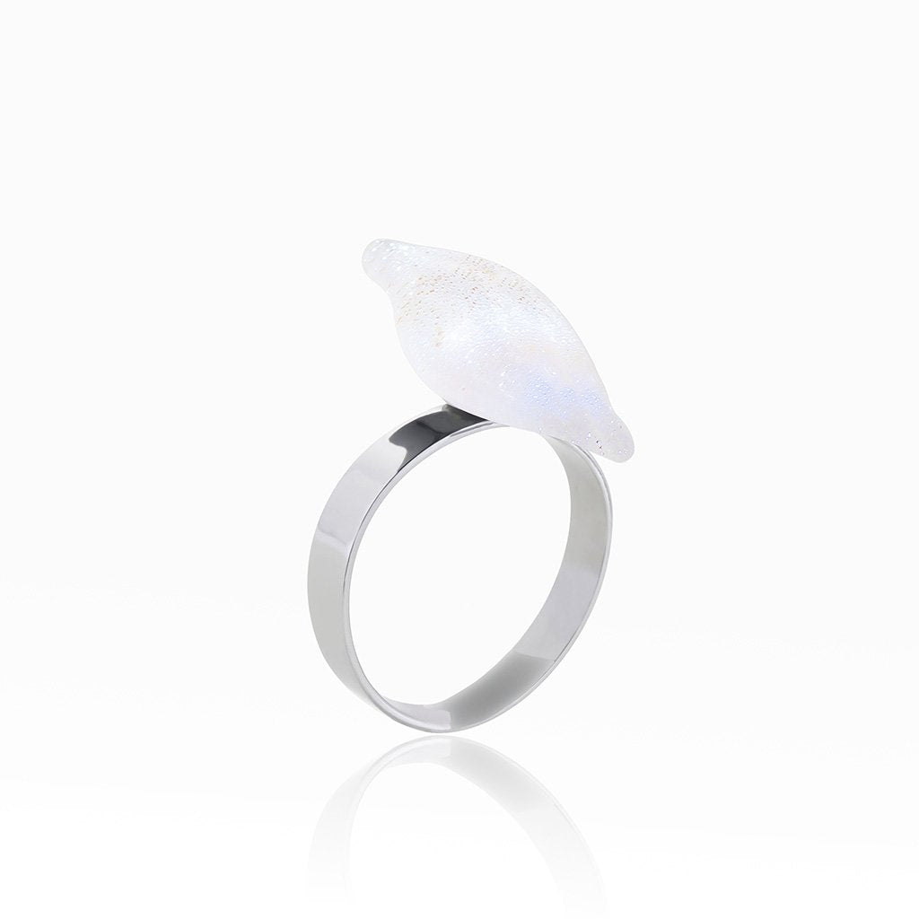 Microcosmoses RINGS GLASS REFLET RING WHITE RIVER | ALMOND | REFLET