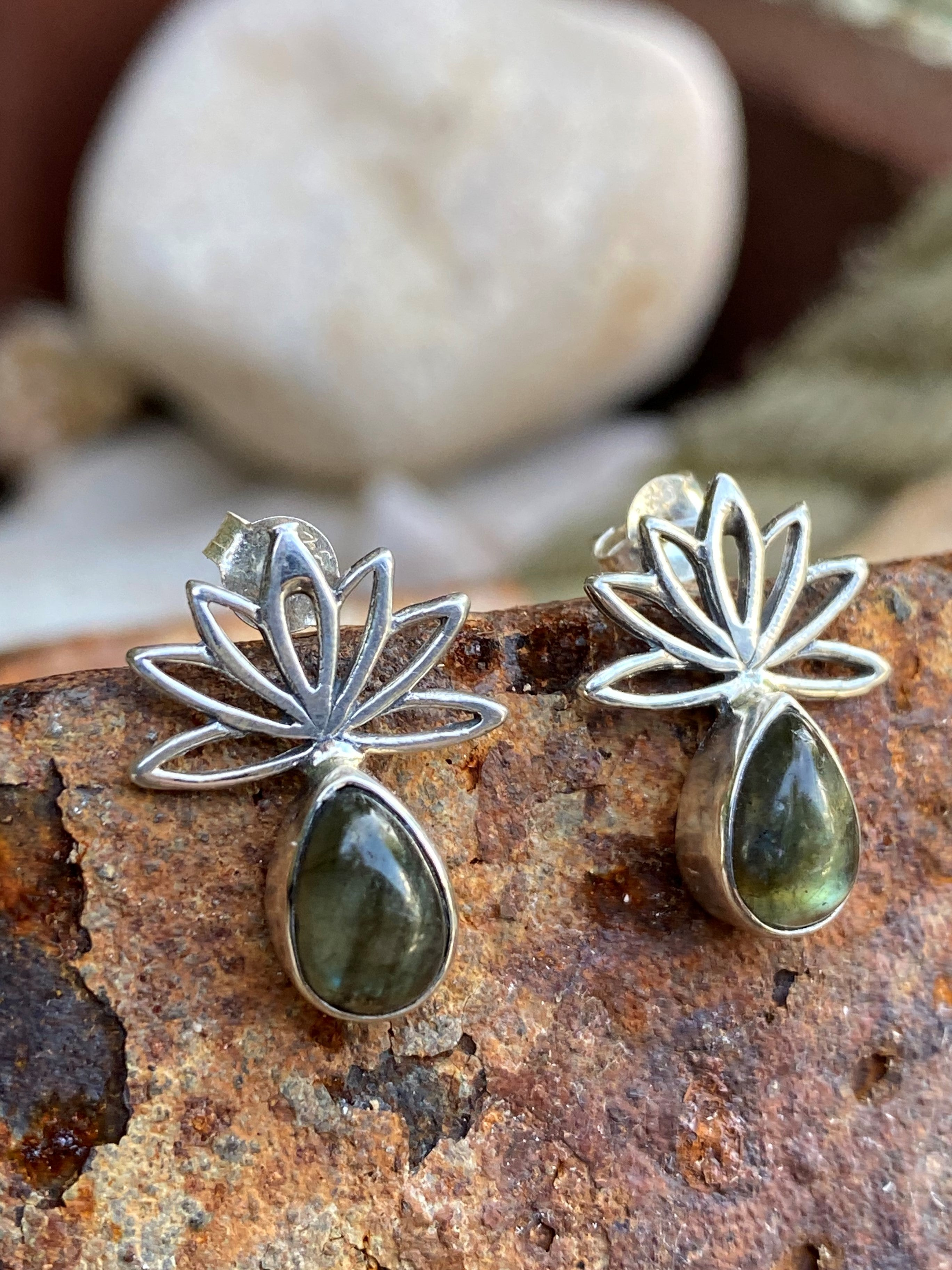 Lotus Is Her Name - Gorgeous sterling silver Lotus flower cabochon labradorite stud earrings