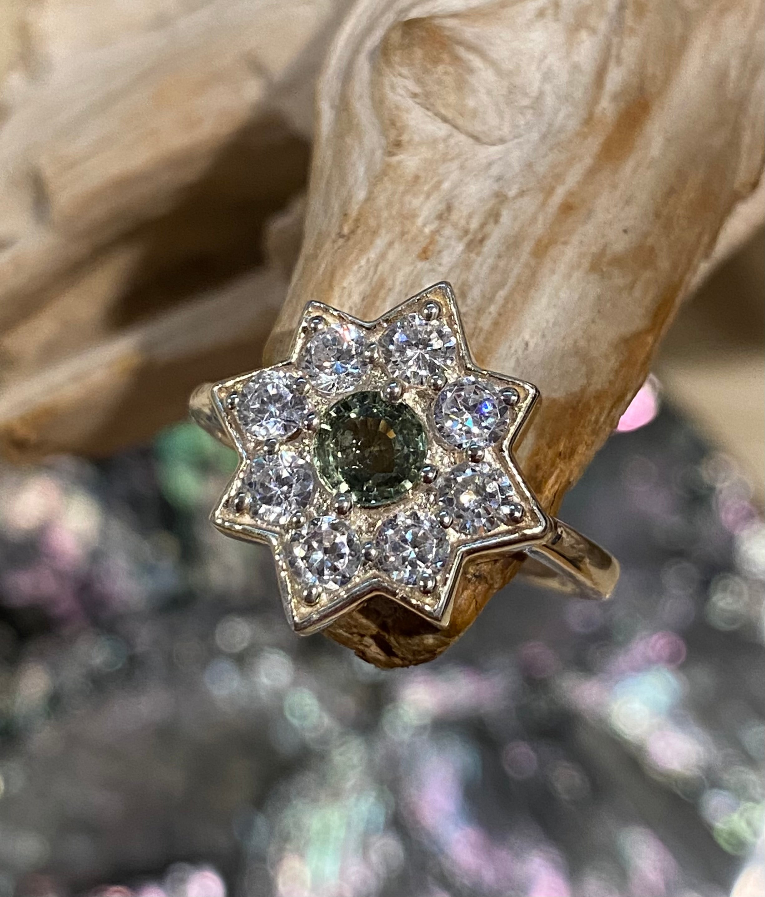 Wise One - Natural green sapphire, cubic zirconia star 925 sterling silver ring - Size 8