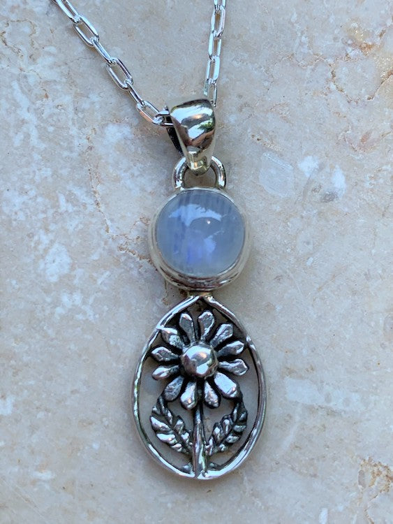 Daisy Love - So gorgeous! Round cabochon rainbow moonstone oxodized sterling silver daisy flower pendant/necklace