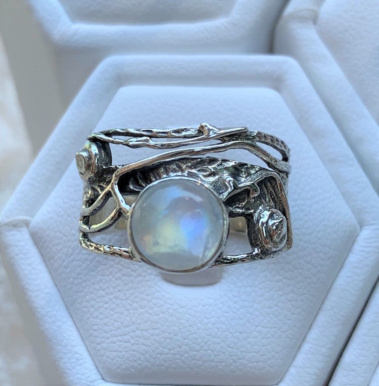 Moonlit garden - rainbow moonstone hammered oxidized sterling silver tangled vine ring Size 9