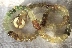 Grossularite Garnet Faceted and Polished Button necklace with Gold-plated Wobbly Slices and Clasp