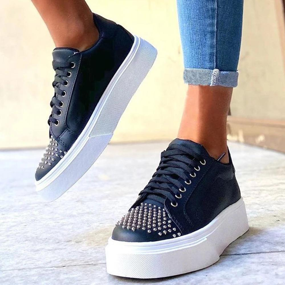 Yearnshoes Studded Lace-up Platform Casual Shoes