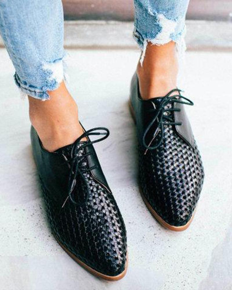 Yearnshoes Pointed Toe Breathable Lace-up Oxford Flat Shoes